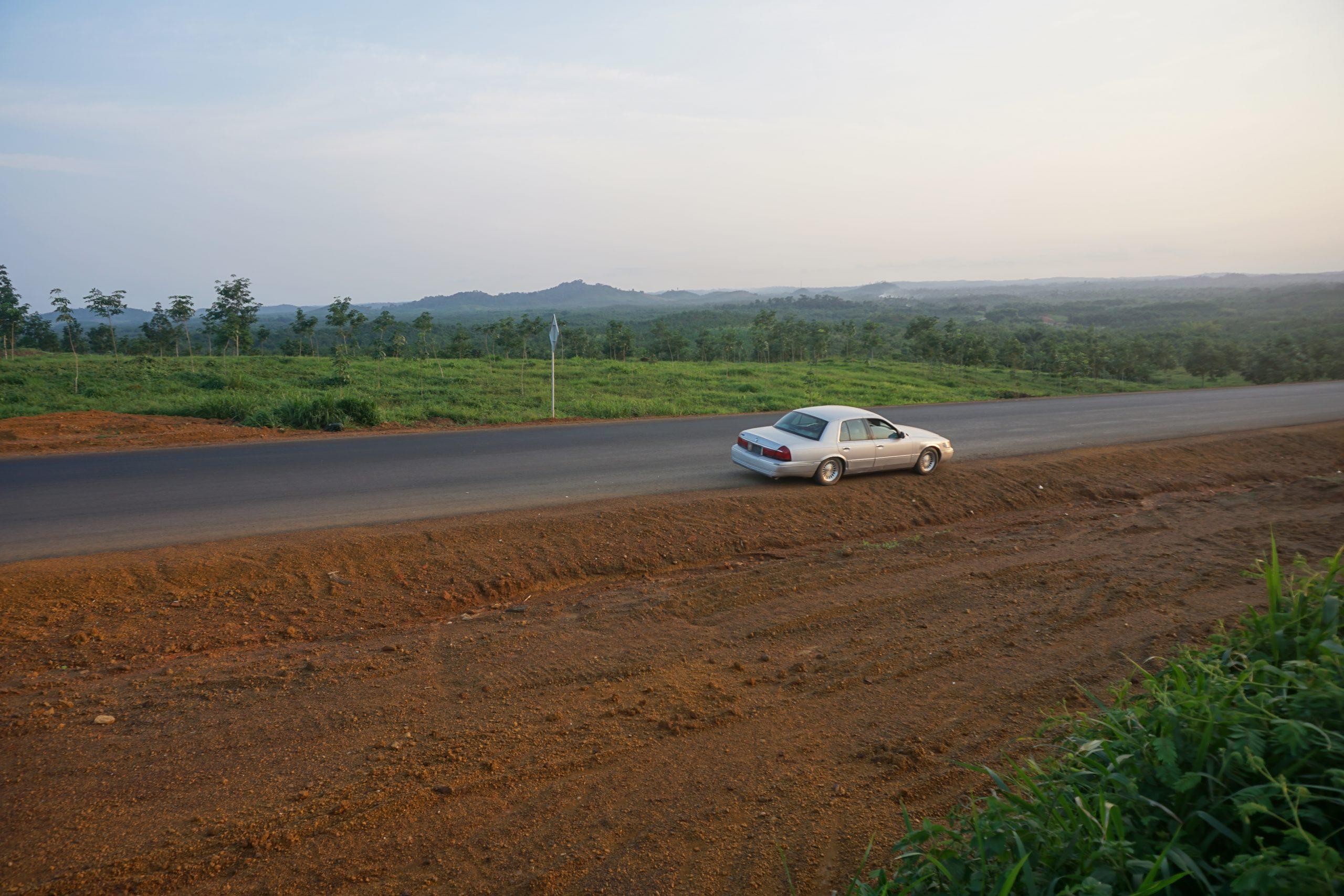Highway from Monrovia to Gbarnga